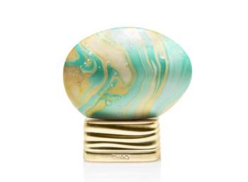 Frasco en forma de huevo pintado de Agua de Perfume The House of Oud Up to the Moon
